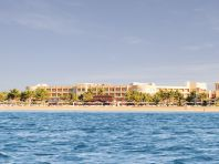 AL HAMRA FORT HOTEL & BEACH RESORT 5*